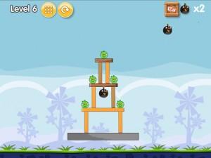 Онлайн игра Бомбардировка плохих свинок (Angry Birds Bomb) (изображение №8)