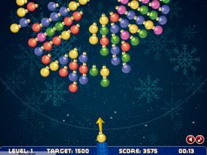 Онлайн игра Рождественская стрельба шариками (Bubble shooter rotation xmas) (изображение №3)