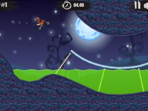 Онлайн игра Мото Х3М: Хэллоуин (Moto X3M: Spooky Land) (изображение №12)