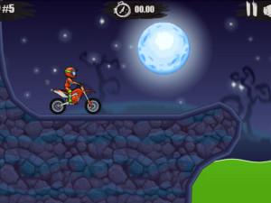 Онлайн игра Мото Х3М: Хэллоуин (Moto X3M: Spooky Land) (изображение №3)